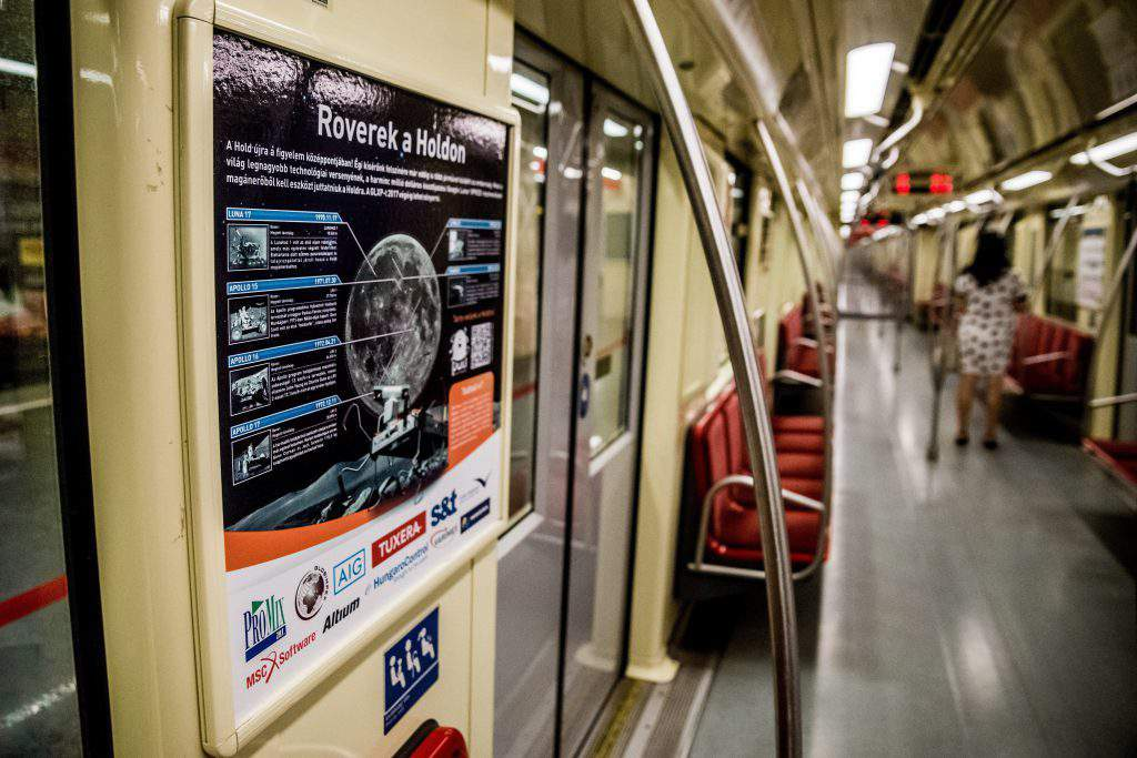 Hungarian Puli Space project runs poster campaign in Budapest metro, MTI Fotó: Balogh Zoltán