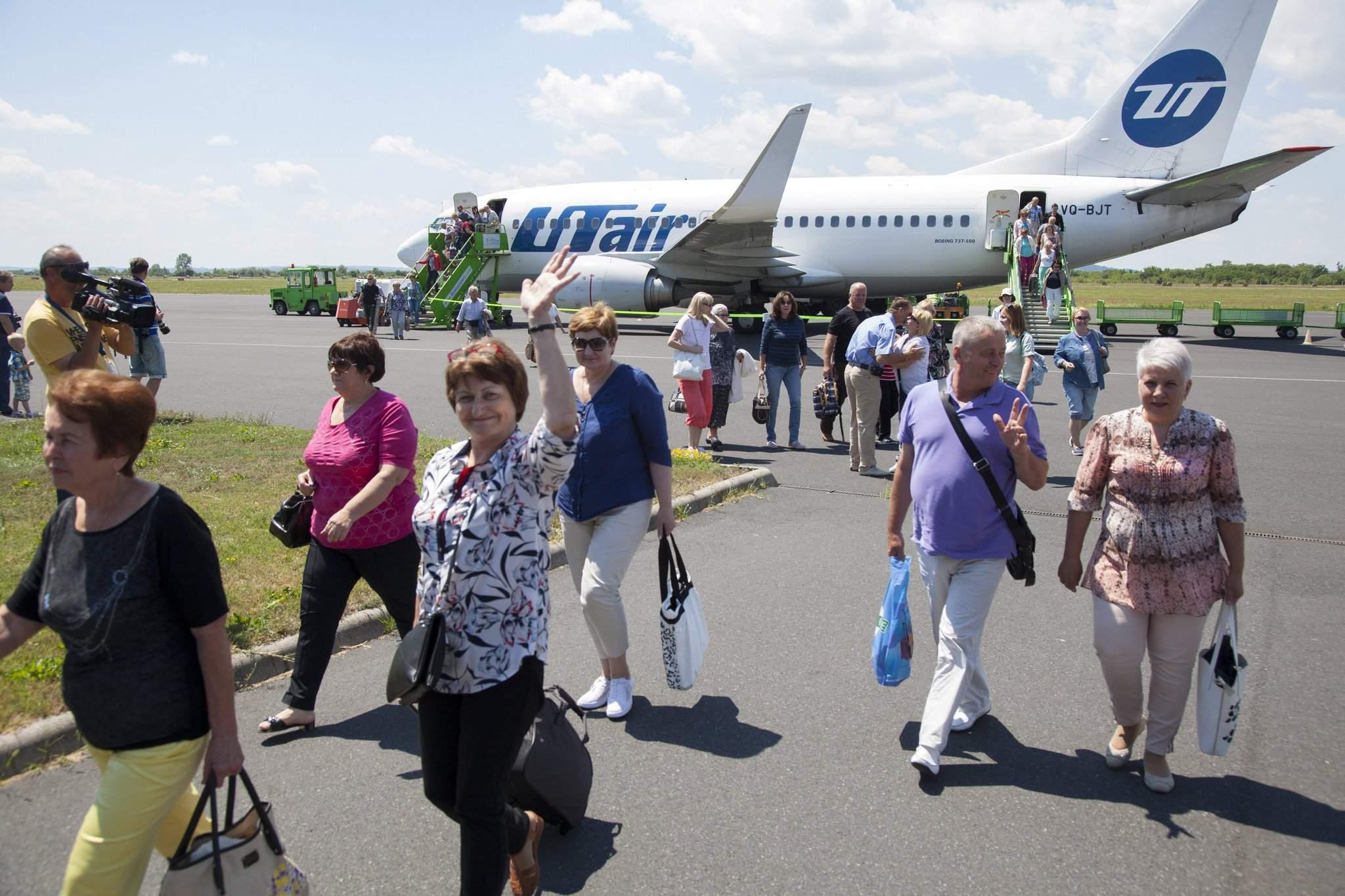 Regular Flights Resume Between Moscow And Hvz Balaton Airport