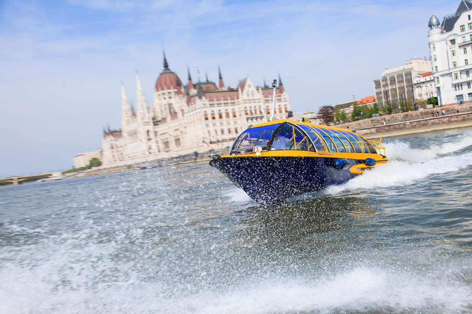 New, regularly scheduled water taxi on the Danube