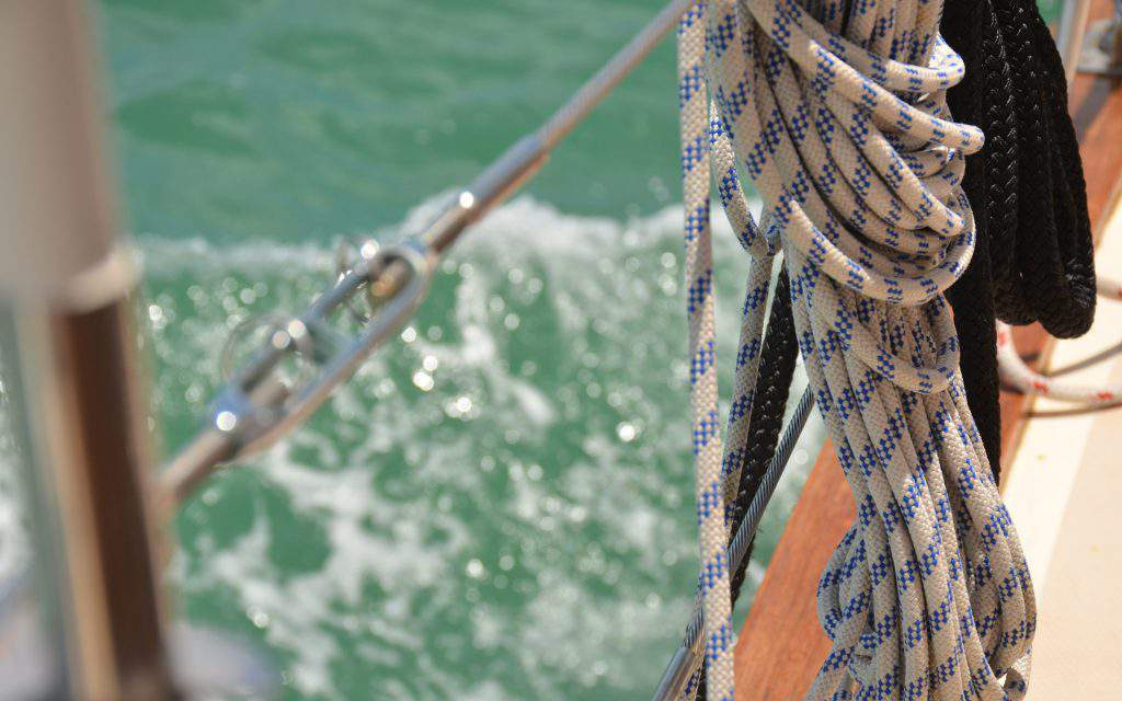 sailing-ship-rope