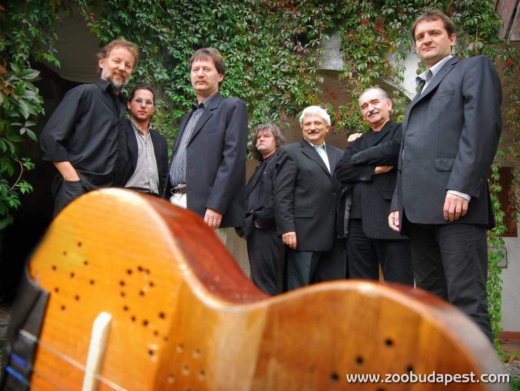 The Vujicsics Band with Ferenc Sebő