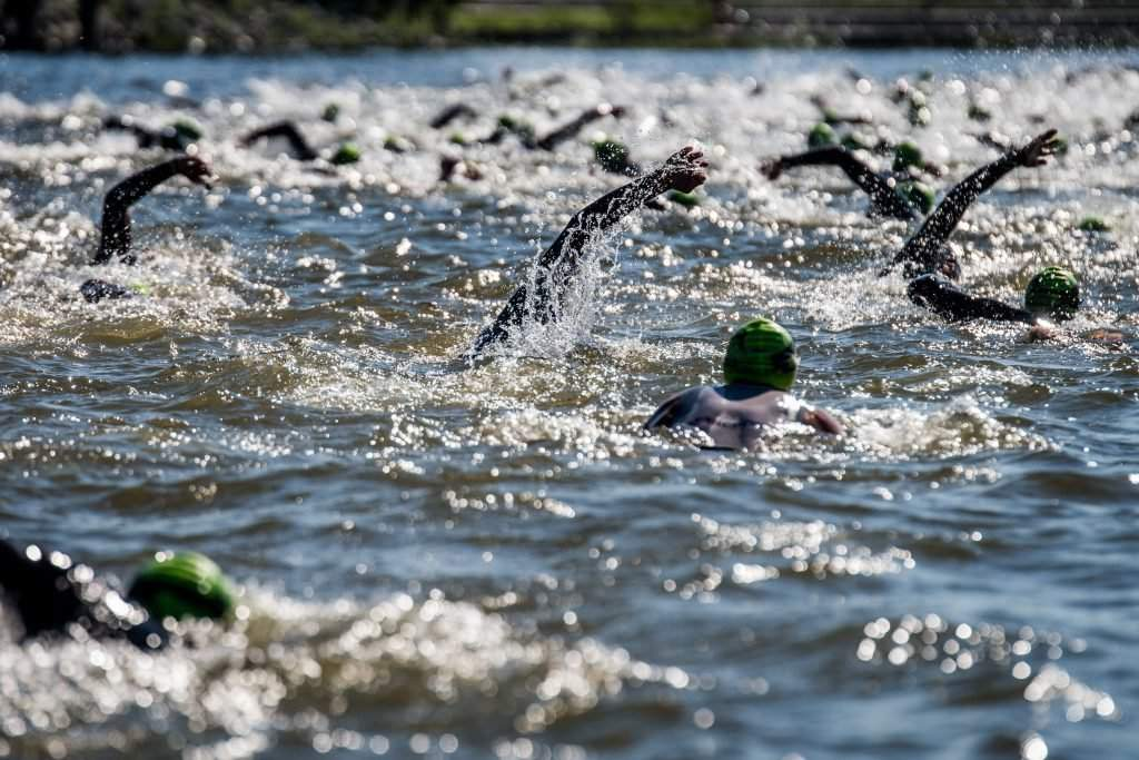 ironman-budapest-2016-swimming