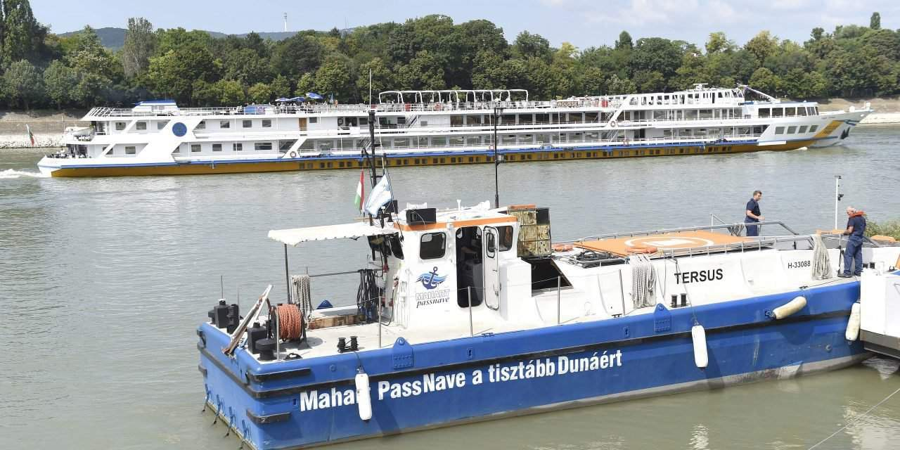 New waste collecting ship in service on the Danube