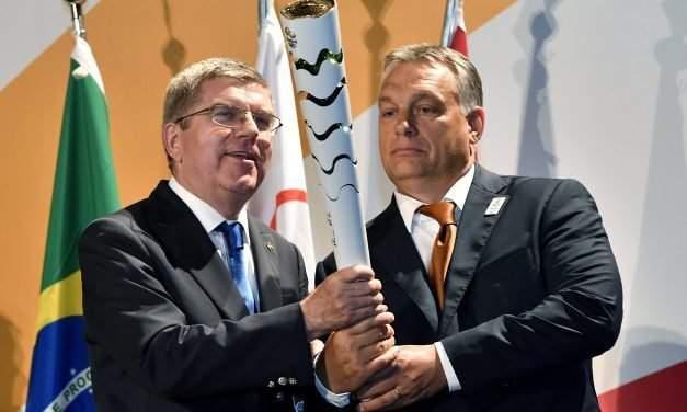 Orbán meets IOC head in Rio