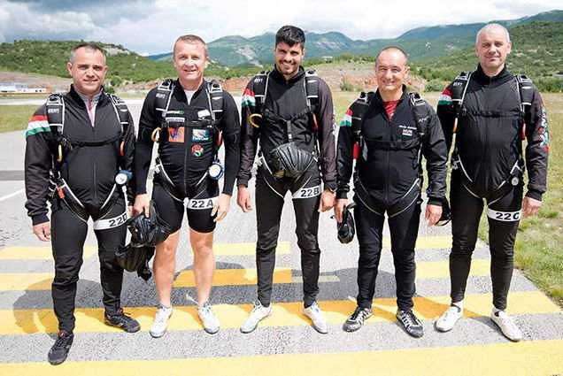 Hungarian Defence Forces Parachute Team wins gold medal