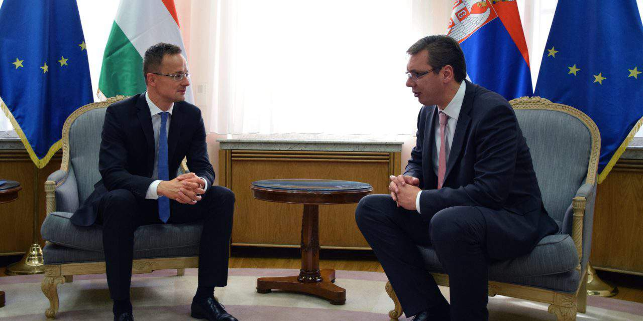 Foreign minister hold talks in Belgrade