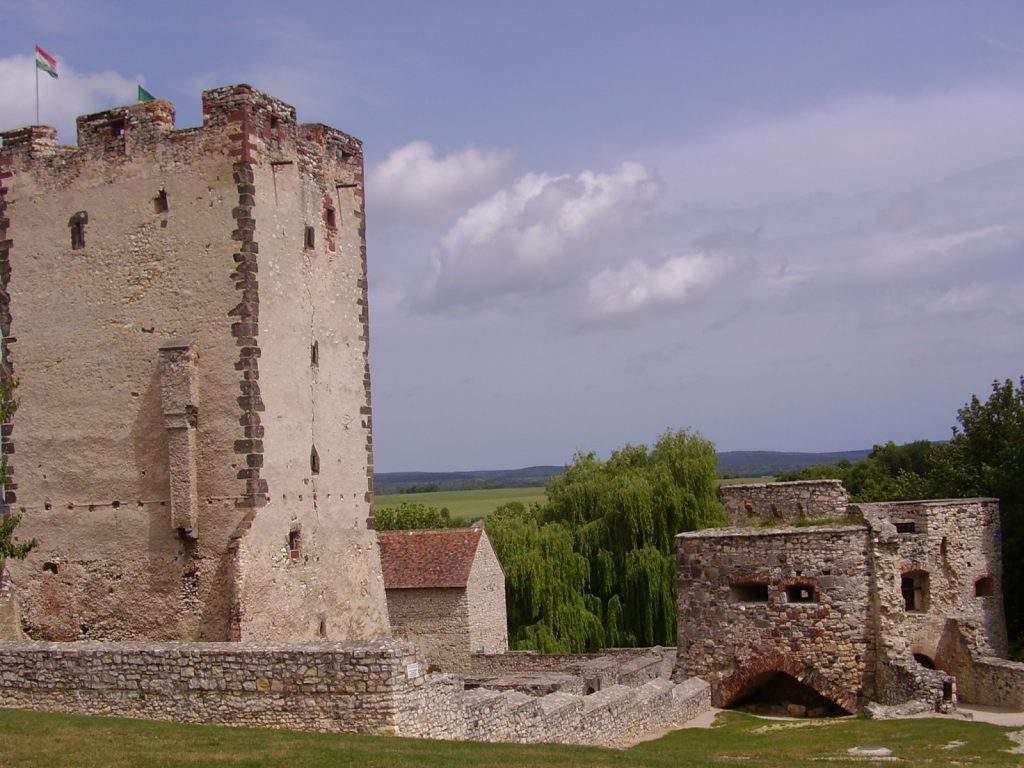 castle-kinizsi