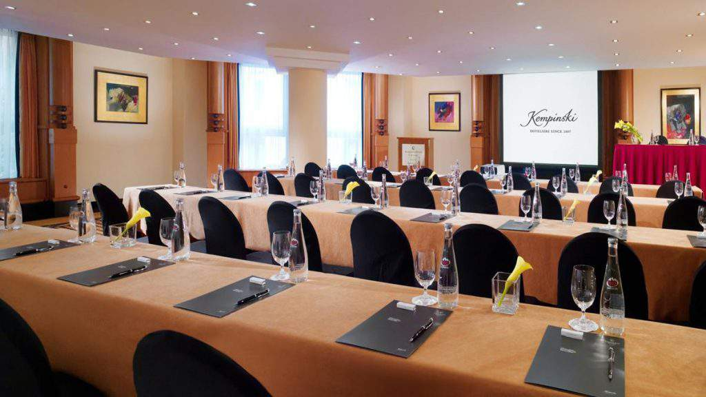 corvinus-salon-meeting-venue-kempinski-hotel-budapest