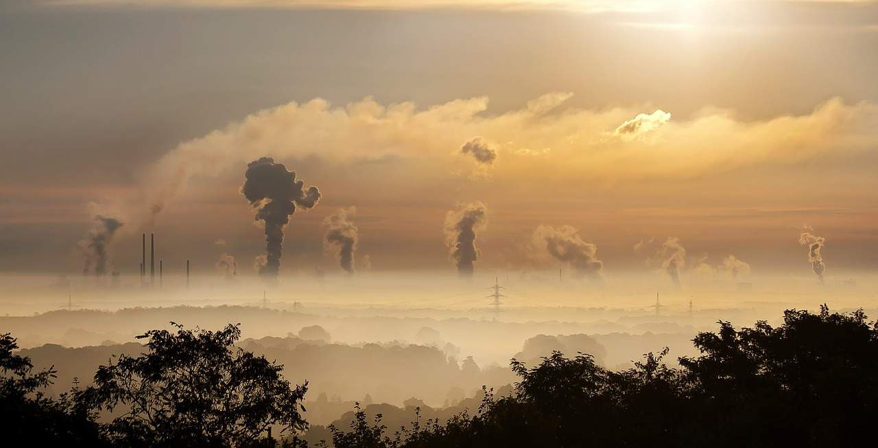 President: Hungary's pollution a fragment of 'great polluters'