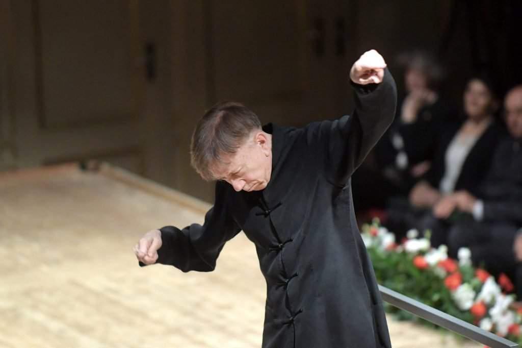 Conductor Tamás Vásáry