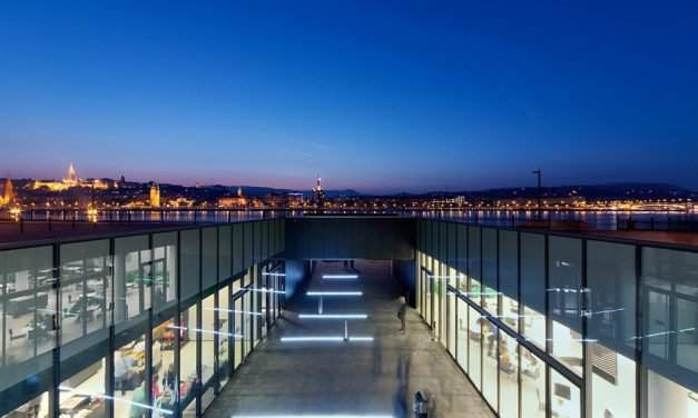 Outstanding buildings of Budapest rewarded