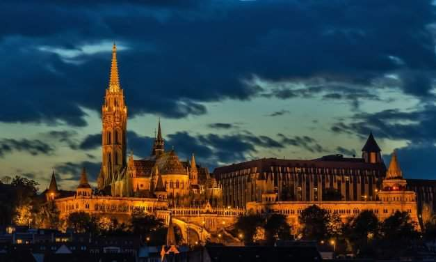 The best sunset watching spots in Budapest