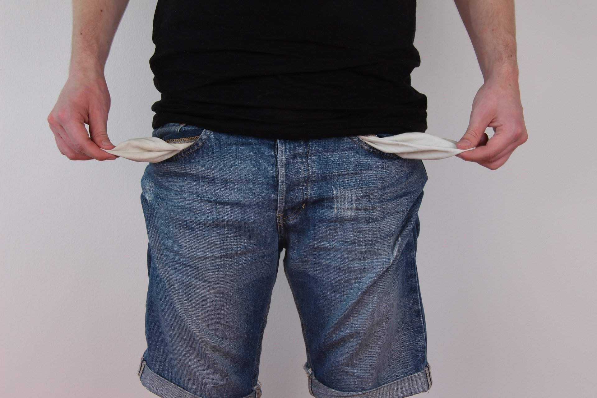 trouser-pockets-poor