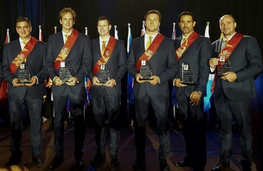 The three time Olympic champion Hungarian water polo players in the International Swimming Hall of Fame