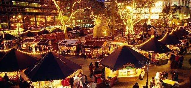 This year's Christmas Market in Budapest is now available to visit
