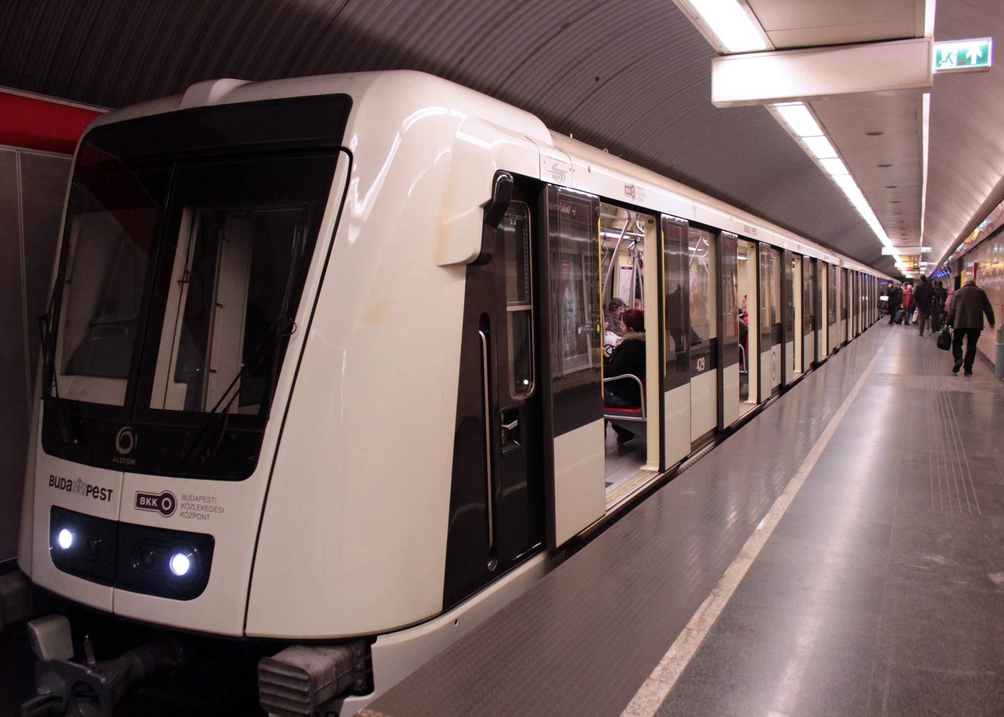 bkk-m2-metro-budapest alstom