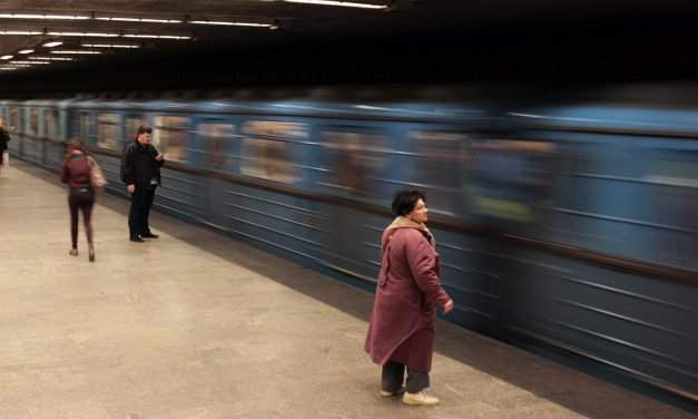 Opposition parties suspect fraud surrounding upgrade of Budapest metro 3 trains