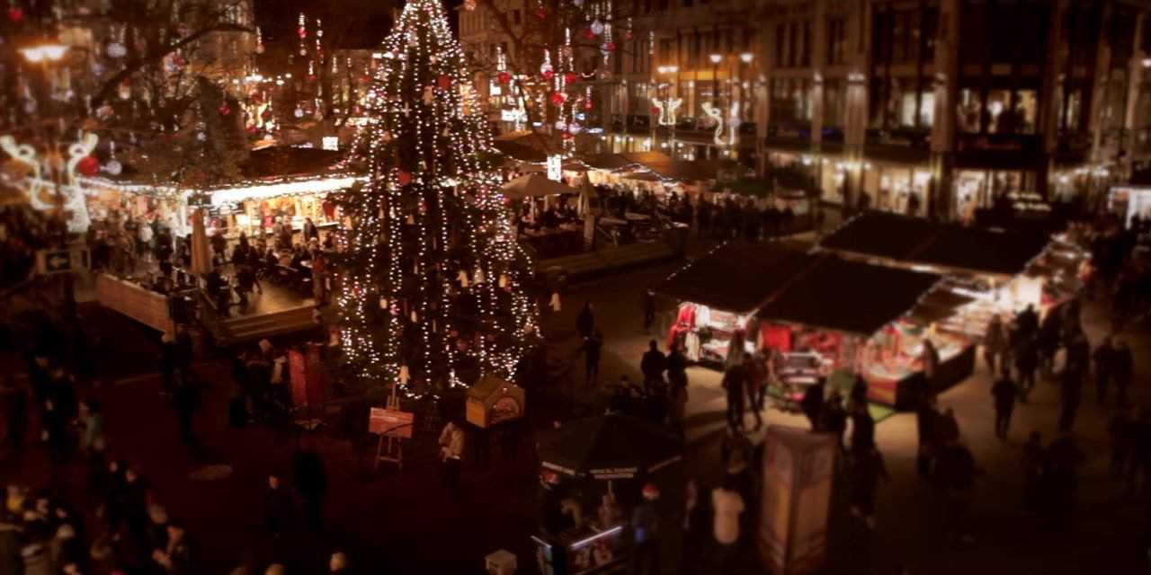 You must see this short video about Budapest Christmas Fair!