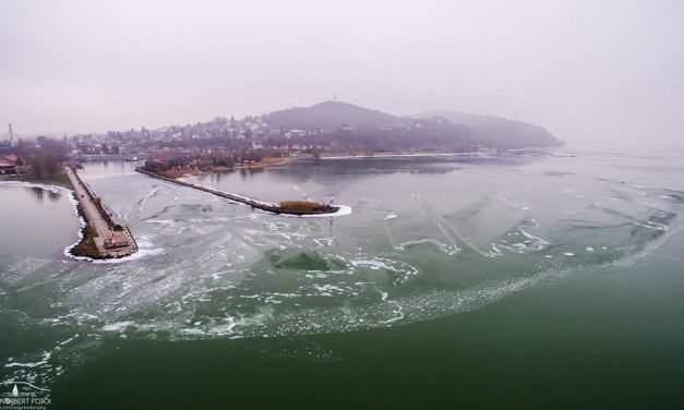 Amazing videos of the wintertime Lake Balaton