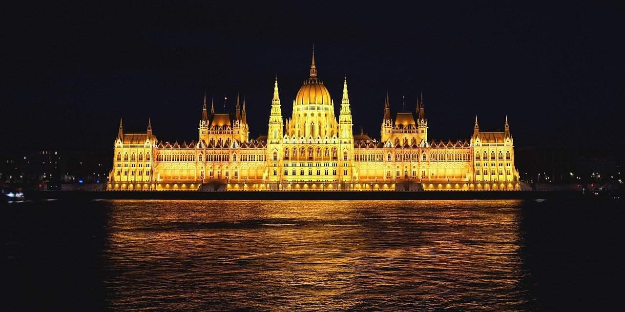 10 Interesting Videos about the Hungarian Parliament Building, Part 1