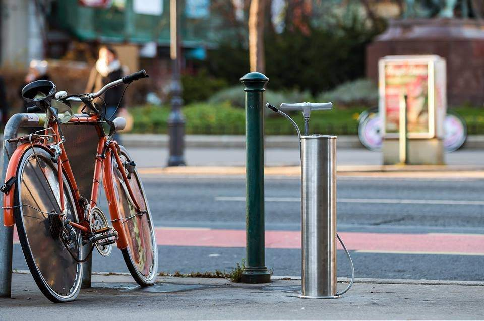 Public bicycle pump system has been launched in Budapest