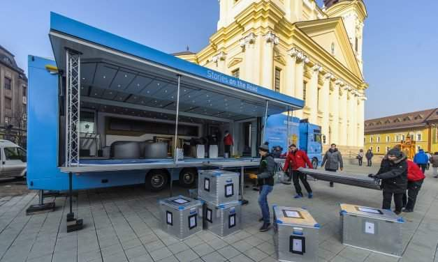 Truck marking 500 years of Reformation arrives in Debrecen