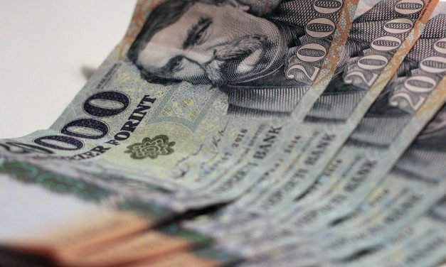 Currency exchange – Hungarian forint – 13 February 2019