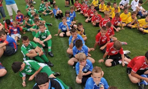 30,000 children play football in Hungarian Football Federation programme