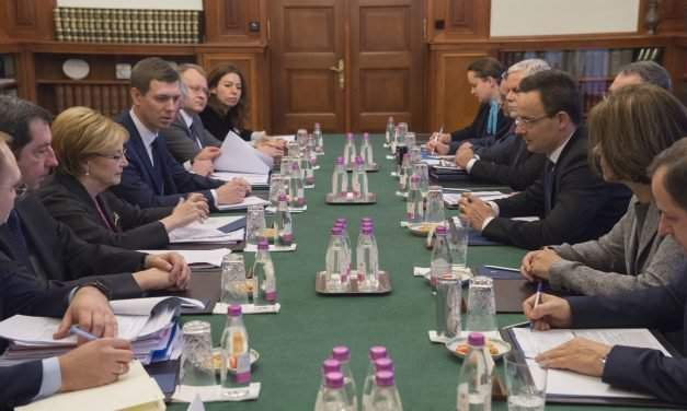High-level Russian delegation hold talks in Budapest