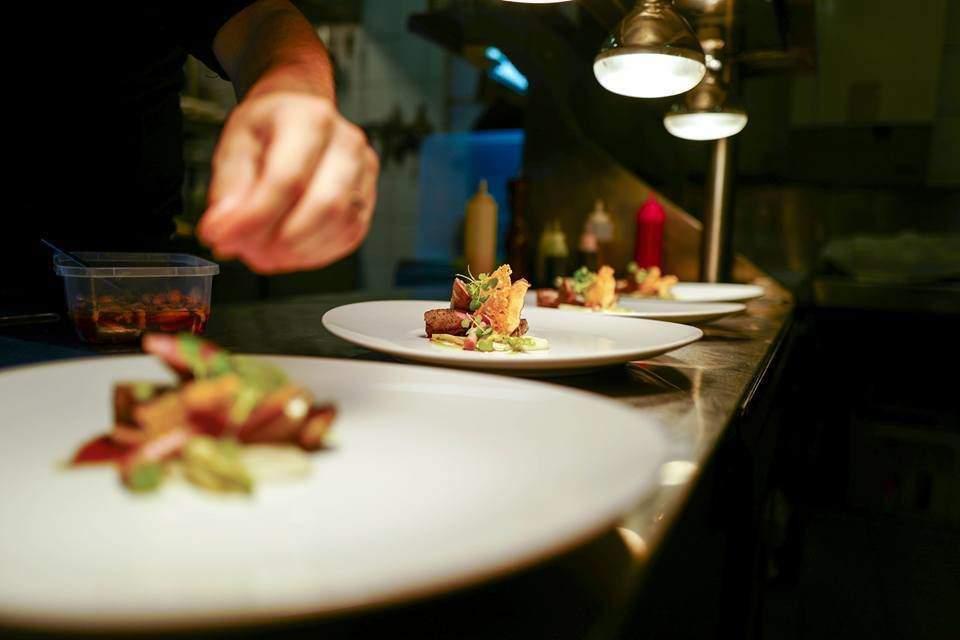 restaurant budapest food gastronomy