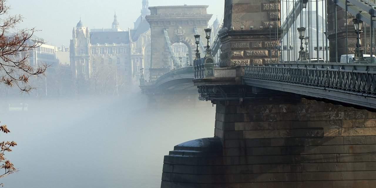Scandalous! Chain Bridge renovations lasting about 4 years