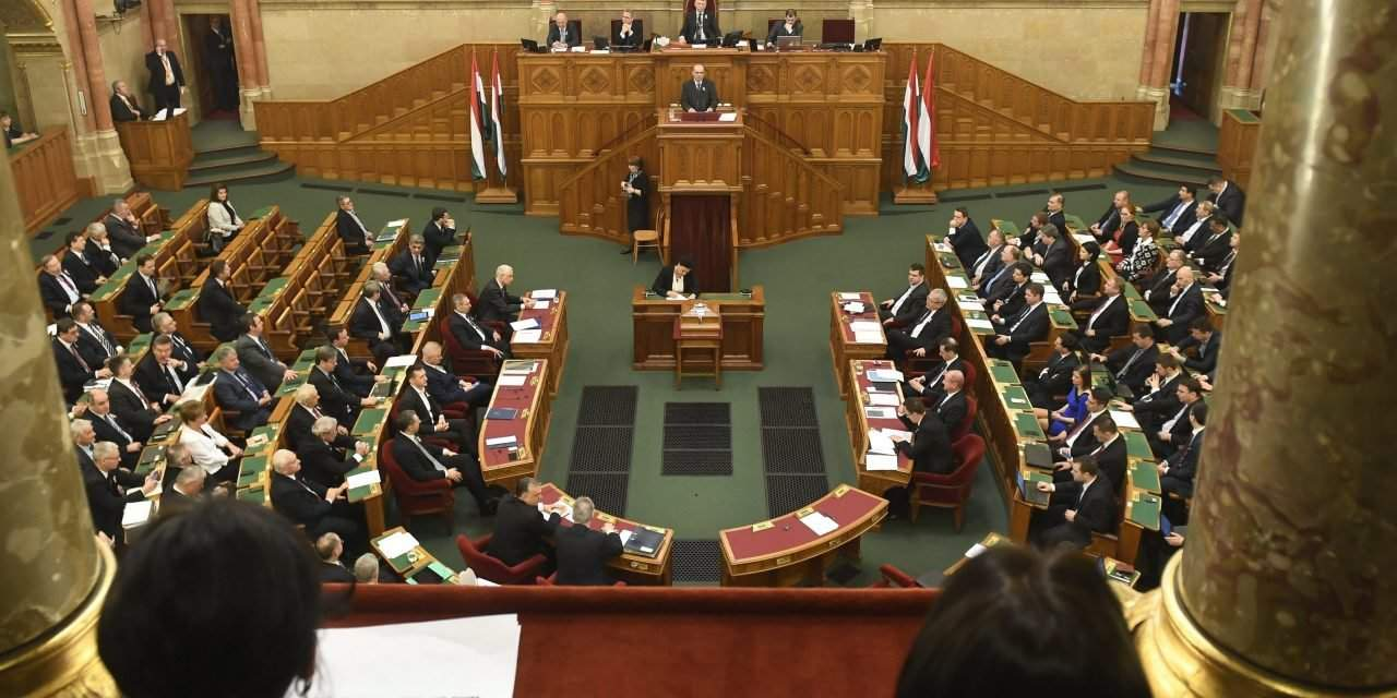 Hungarian Deputy Prime Minister proposes expedited procedure for higher education bill