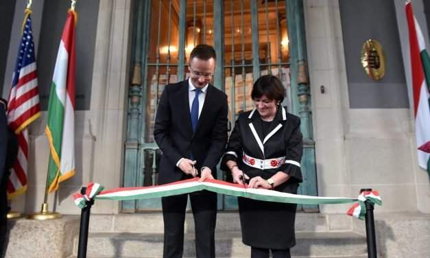 Hungary's foreign minister inaugurates embassy building in Washington