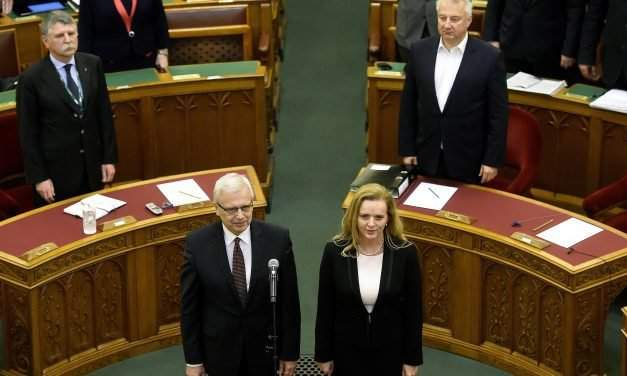 Parliament elects Kocziszky, Parragh to rate-setting council