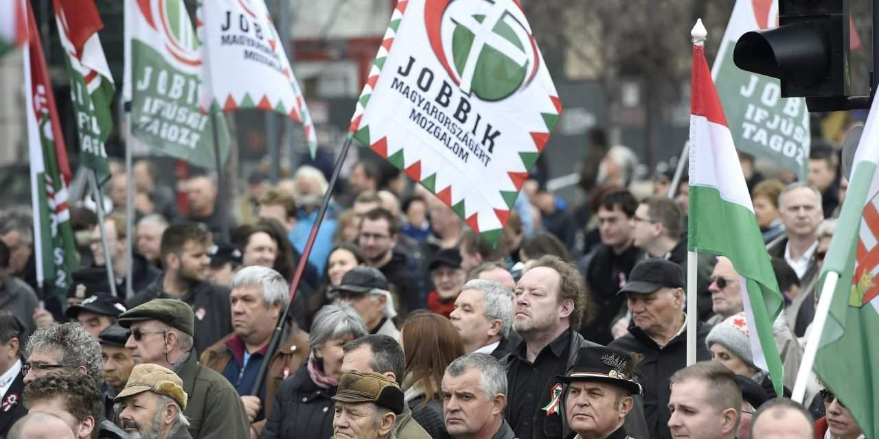Jobbik says higher education bill serves to divert attention