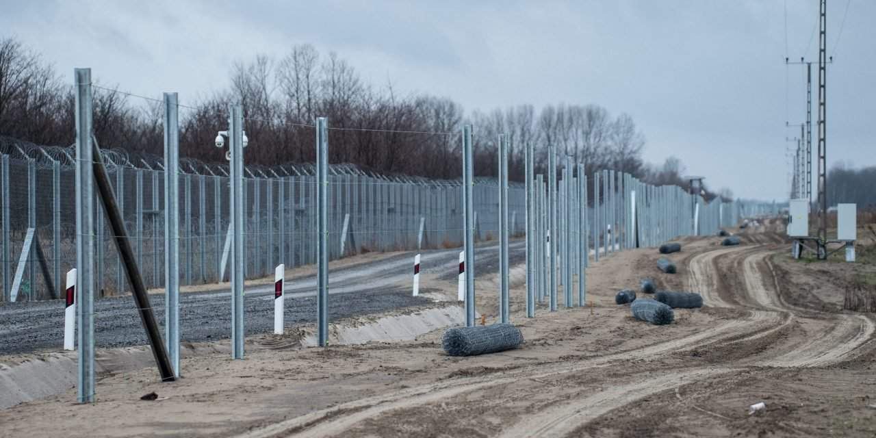 Illegal border entry attempts plummet, Orbán's advisor says