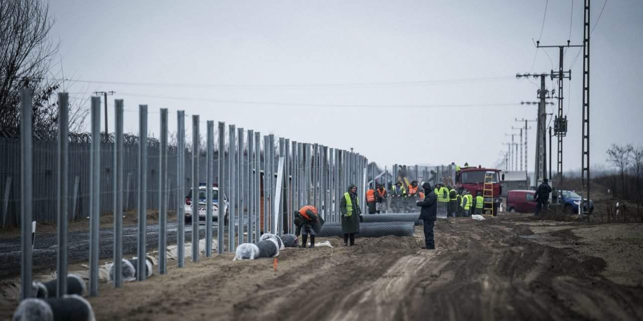 Orbán's advisor: New fence will enable reduction in staff manning southern border