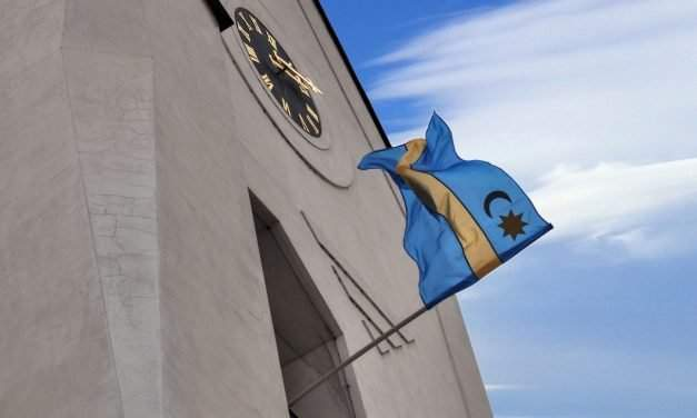Hungarian mayor has to pay exorbitant fine for refusing to take down the Szekler flag