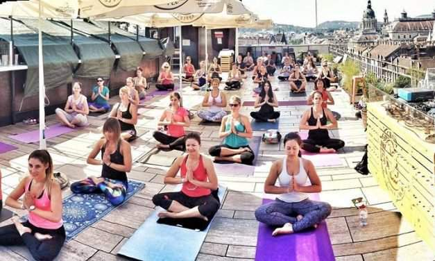Best outdoor yoga places in Budapest
