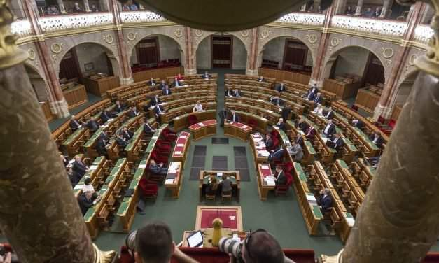 Hungary's parliament parties discuss NGO transparency bill