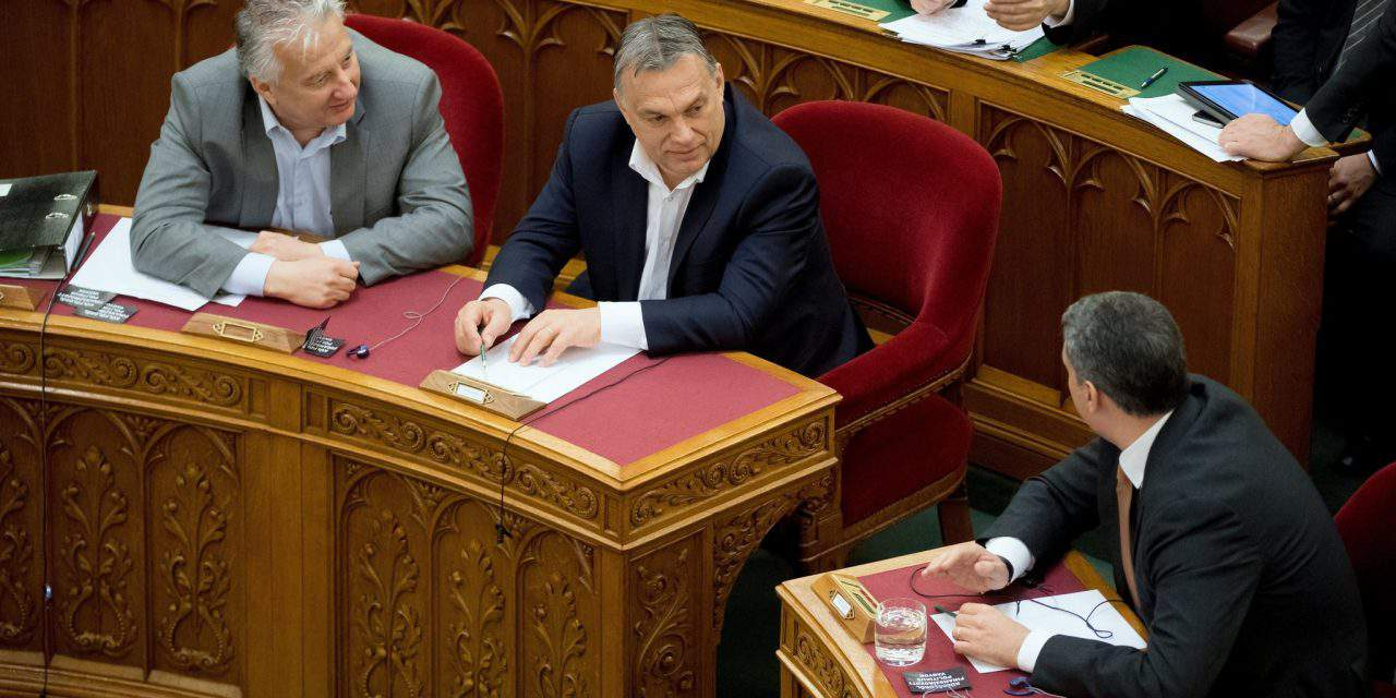 Debate on NGO transparency bill – LMP calls Fidesz deputies 'foreign agents', Fidesz rejects accusations