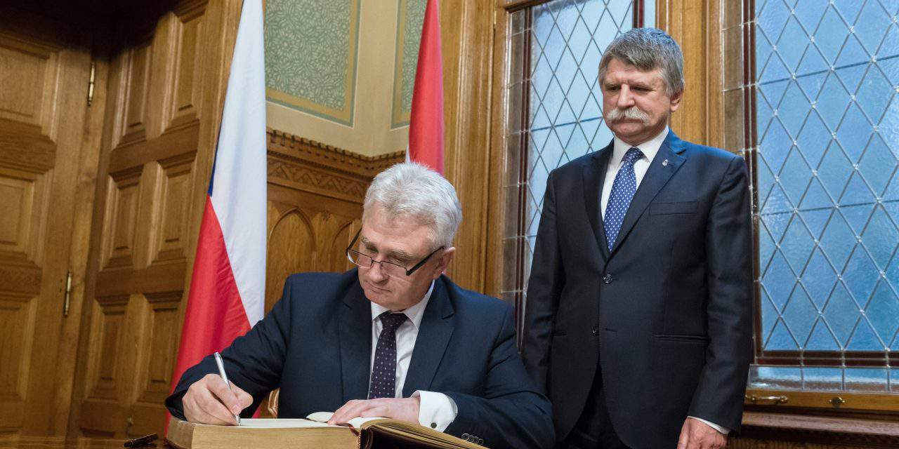 Hungarian House Speaker meets Czech counterpart in Budapest