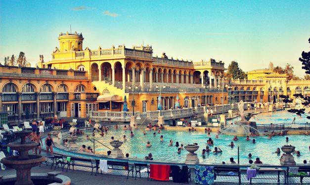 Thermal baths of Budapest – main attraction among foreigners?