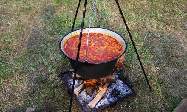 Guide to Hungarian outdoor cooking – Bográcsozás