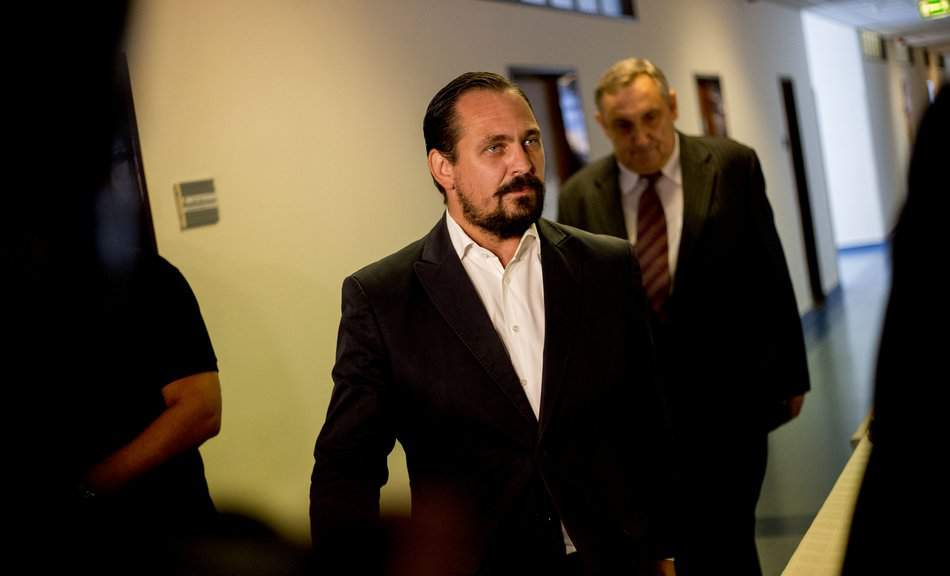 Ruling Fidesz MP Mengyi charged with attempt to misappropriate public funds