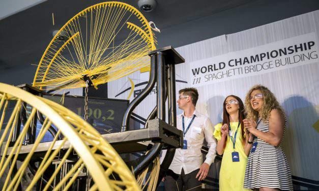New record at the world championship of pasta bridge building