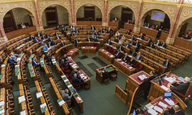 Hungary's budget 2018 – The plenary debate of the bill: Government and Fidesz