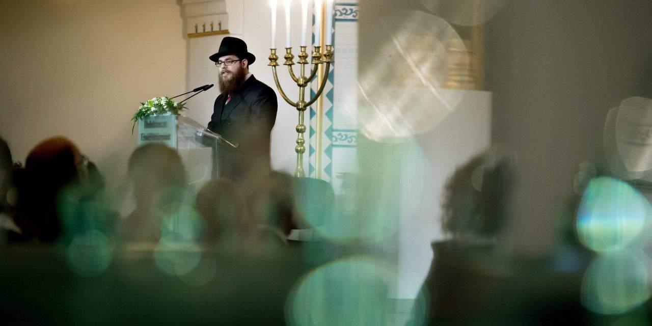 Rabbi: Naming Soros not dog-whistle tactics
