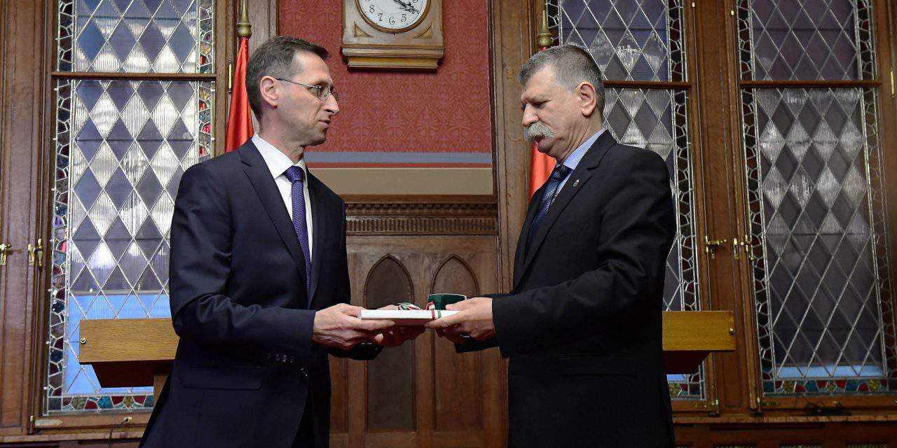 Hungary's government submits 2018 budget bill to parliament – UPDATE