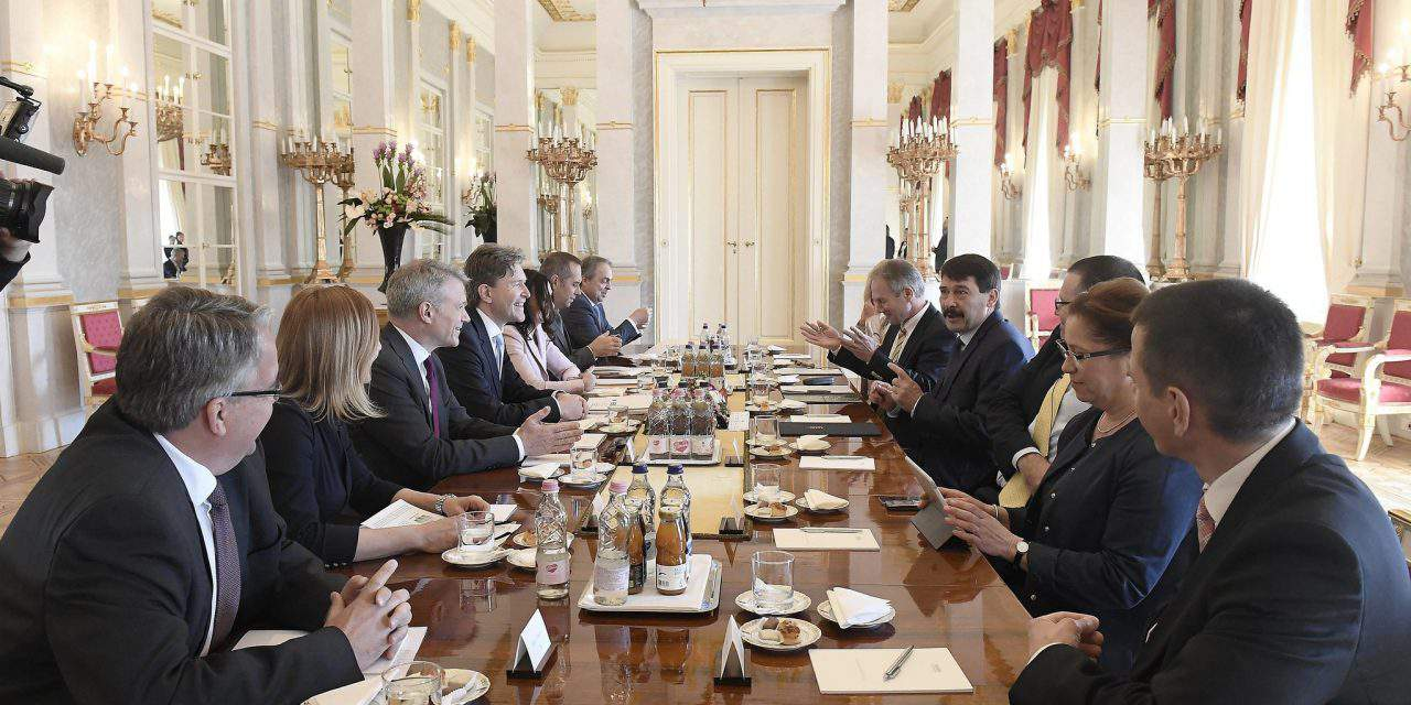 Hungarian president discusses sustainable development with company leaders